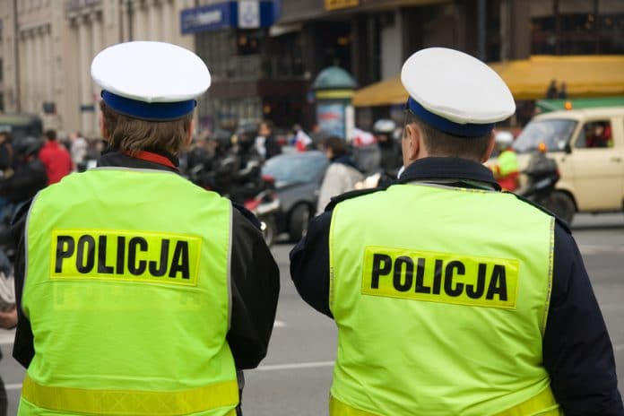 zarobki policji w Polsce